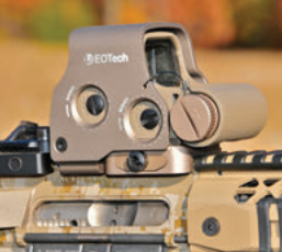 EOTech EXPS3 offers quick-sighting reticle with central dot that is the best of both long-range and CQB optics.