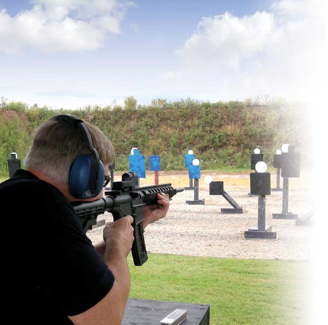 Thompson shoots M&P15- 22 on pop-up targets at USSA.
